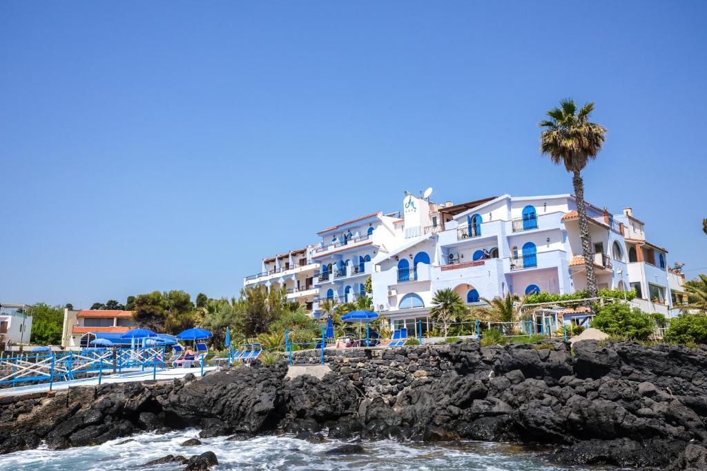 giardini naxos accommodation miért vannak férgek