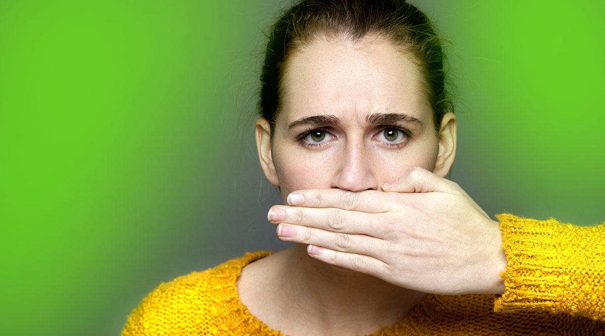 a számat kellemetlen szag érzi hogyan vezet ki egy ember férgeket