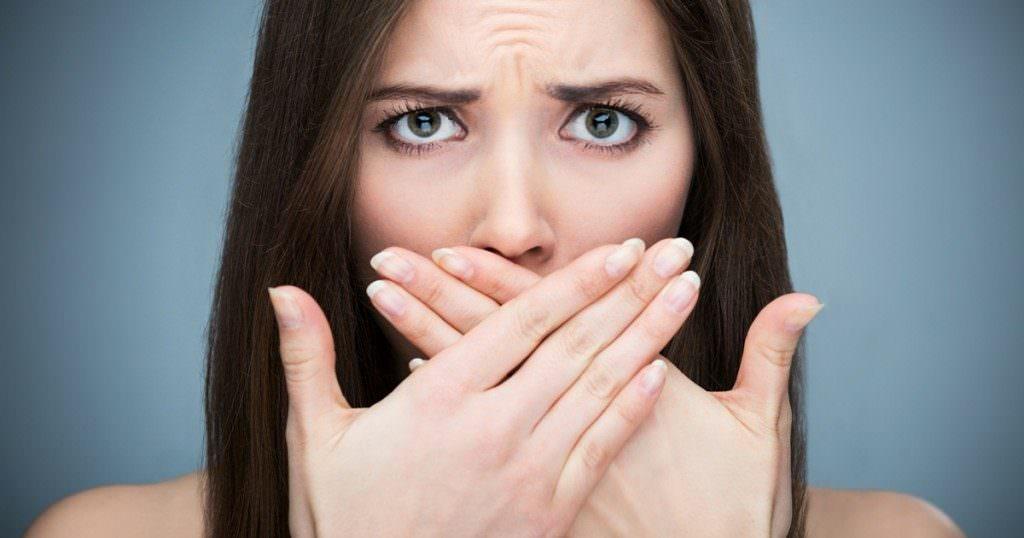 Mi okozza a rossz leheletemet? - Az orvos válaszol - Gyomor rossz leheletet okoz